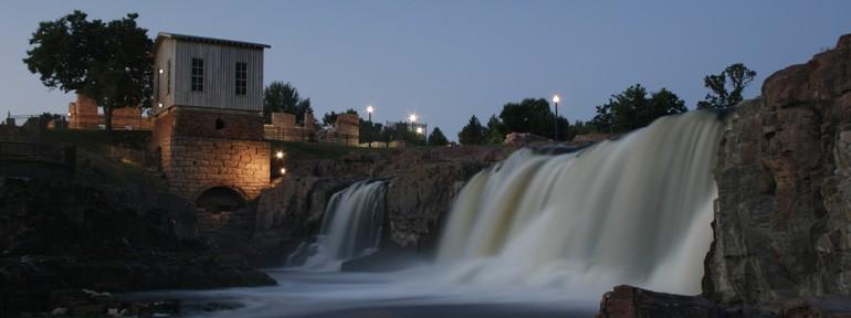 Sioux Falls at dawn