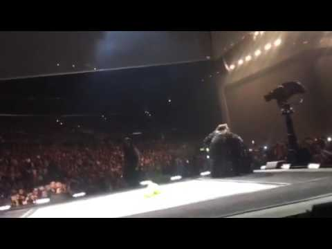 Jamie Grace meets Adele onstage